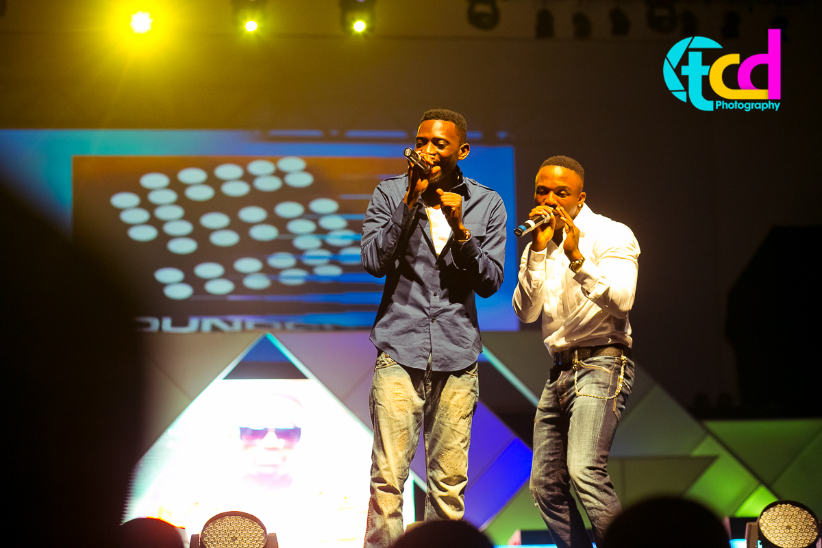 Iyanya_vs_Desire_Concert_performance-0013
