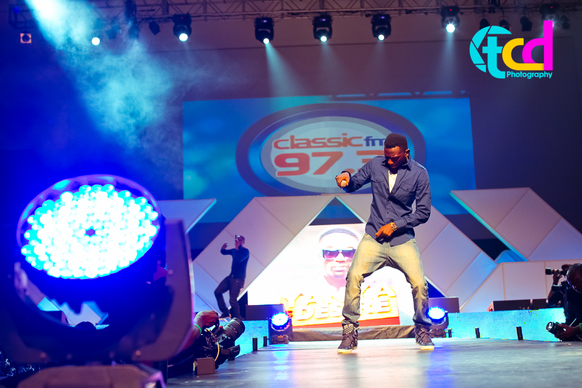 Iyanya_vs_Desire_Concert_performance-0063