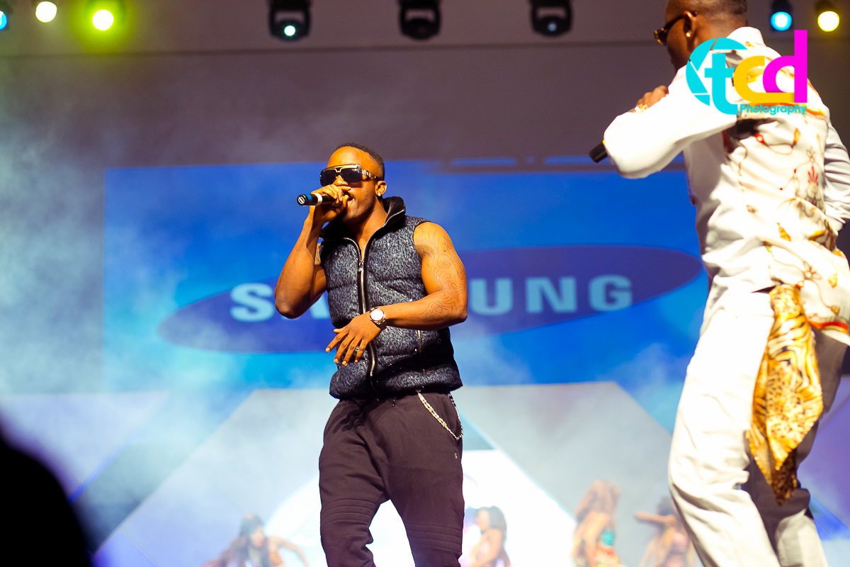 Iyanya_vs_Desire_Concert_performance-0116